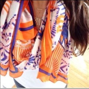 Final sale! Stella & Dot scarf